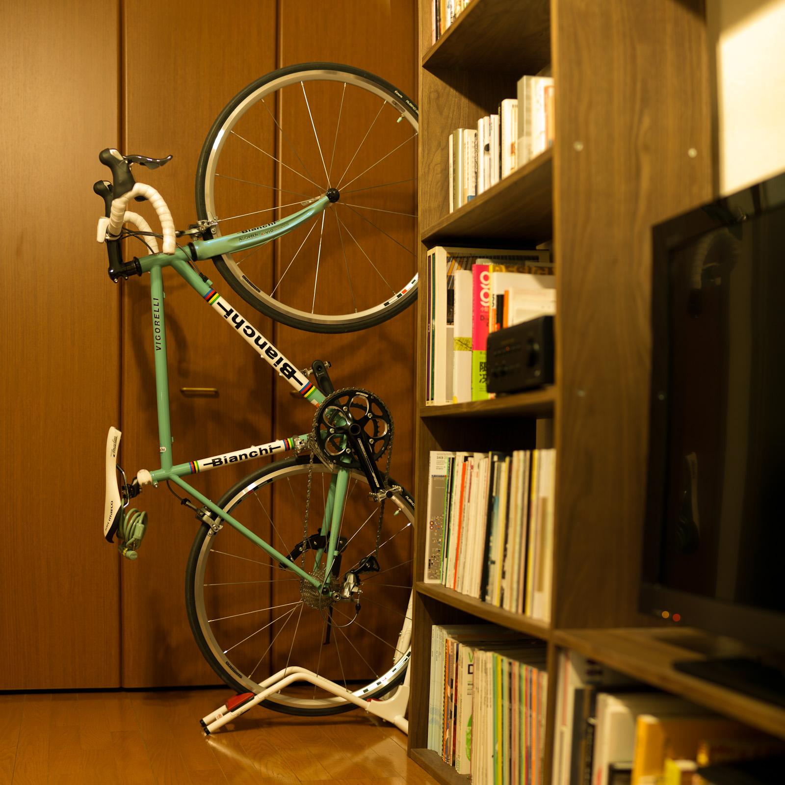 bianch_in_the_room_narashi2-2_1600.jpg